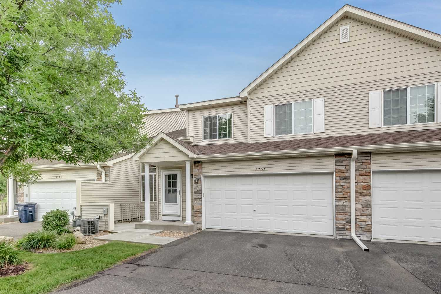 Sold -Forest Lake - 5233 207th St N - $185k