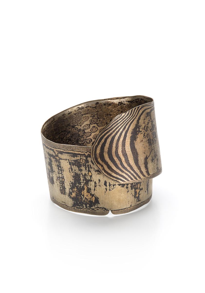 "Francesca Urciuoli, ""Worn"", bracelet   Red brass, copper, nickel, photo: Federico Cavicchioli"