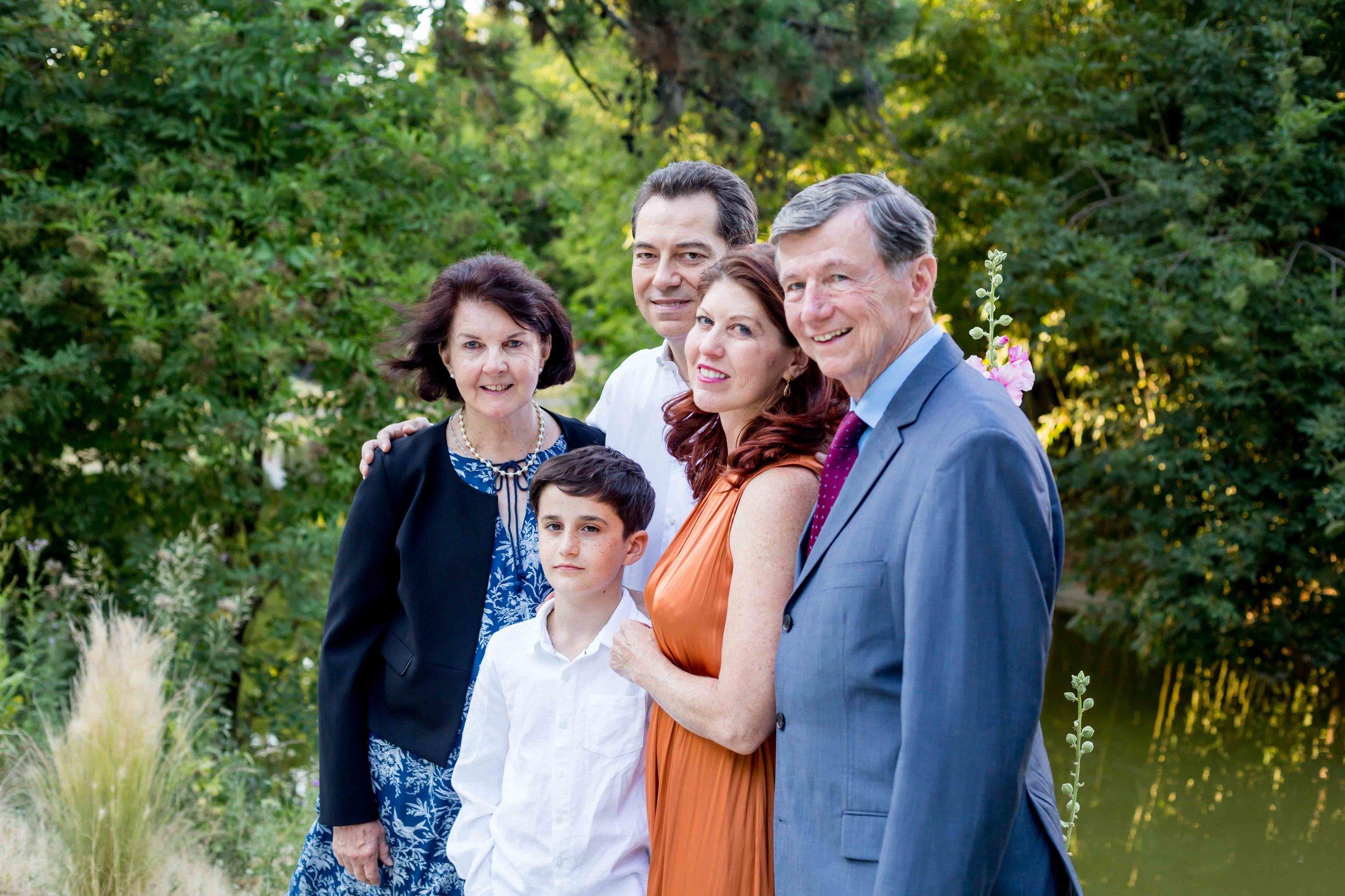 KATHLEEN & FAMILY