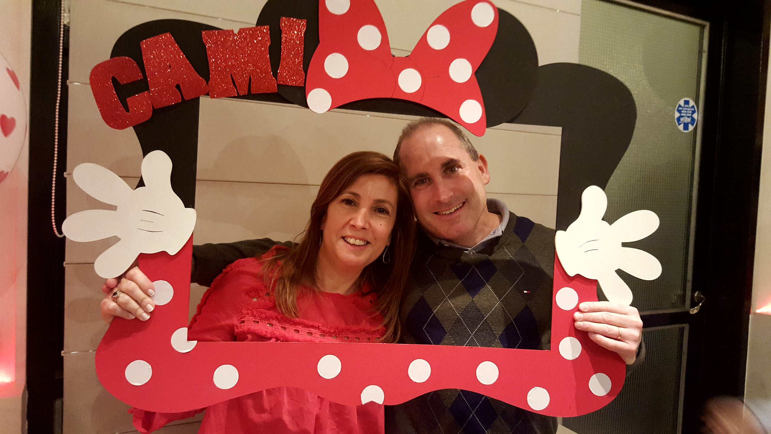 Minnie Mouse photobooth fun!
