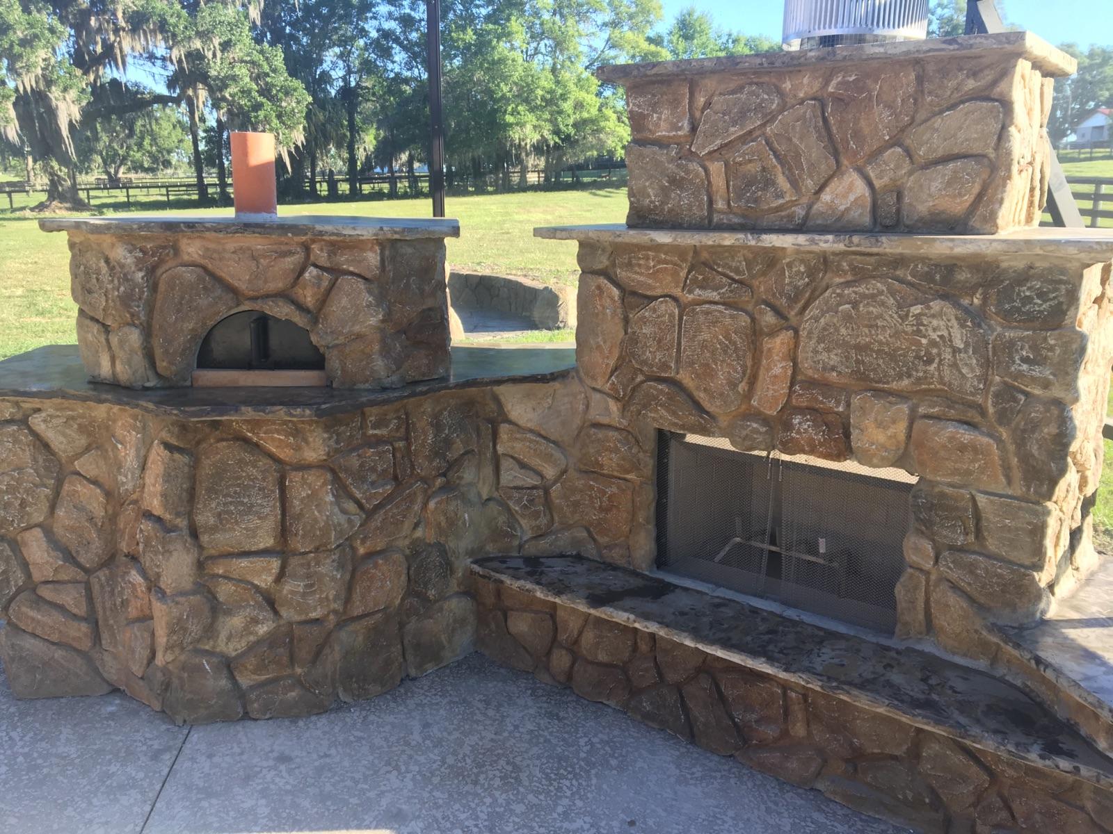 Outdoor Fireplace 4 (ClifRok).JPG