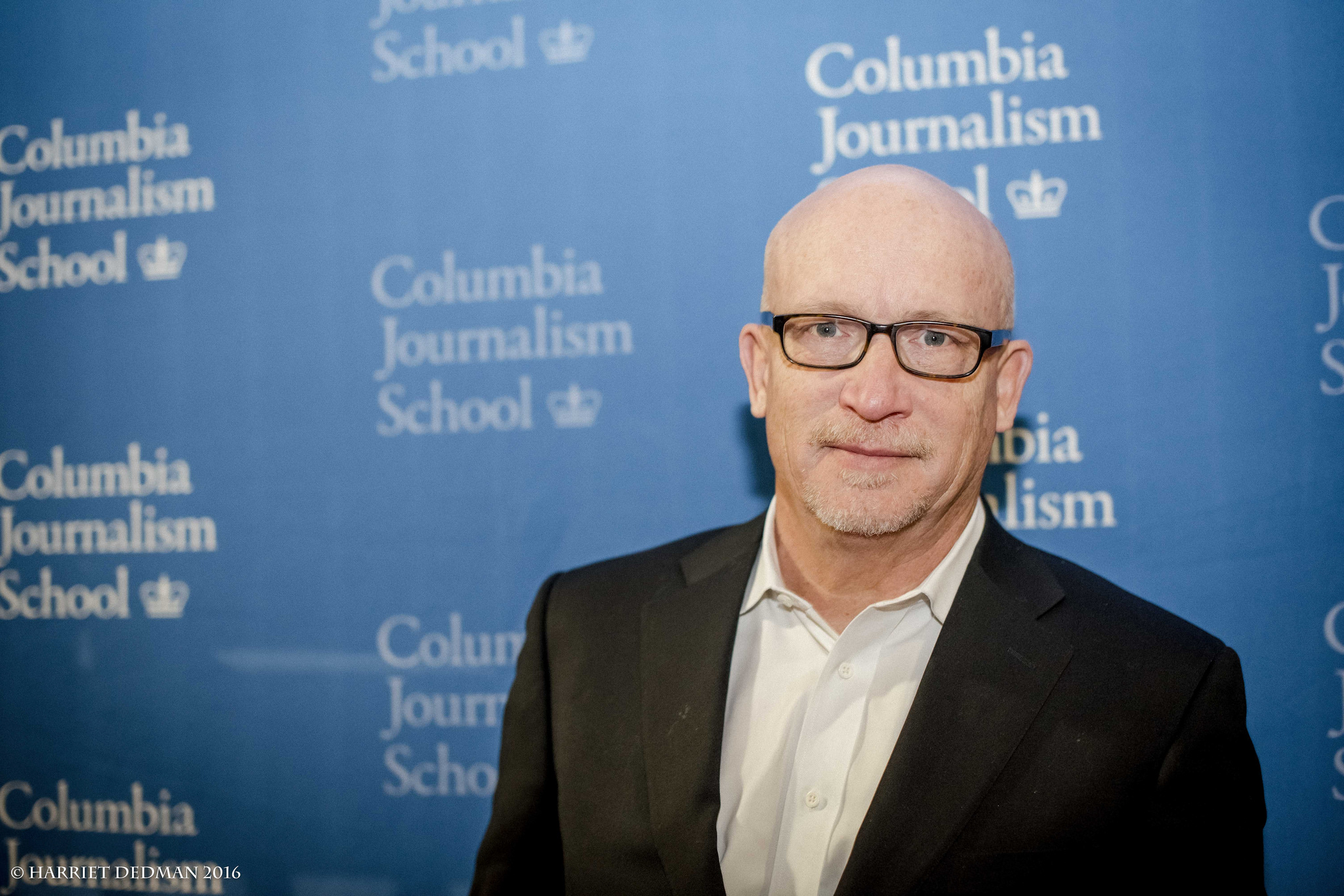 Alex Gibney at the 2016 duPont-Columbia Awards for his film Going Clear: Scientology and the Prison of Belief.