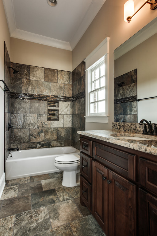 LOT 202 HIDEAWAY PICS -SECONDARY BATH.jpg
