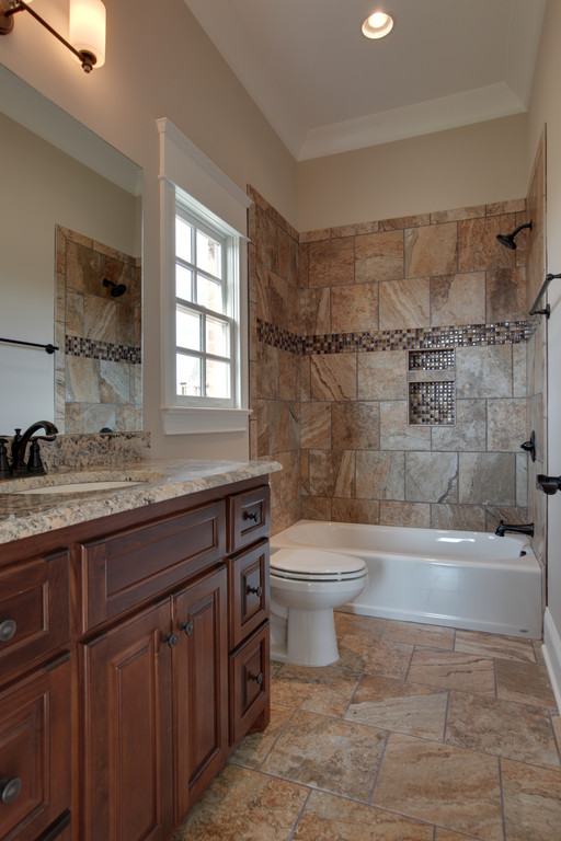LOT 202 HIDEAWAY PICS -SECONDARY BATH 2.jpg
