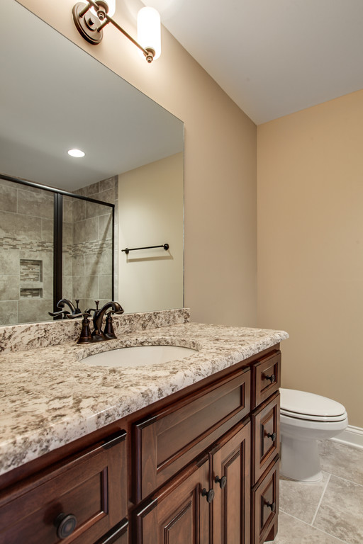 LOT 202 HIDEAWAY PICS -SECONDARY BATH 3.jpg