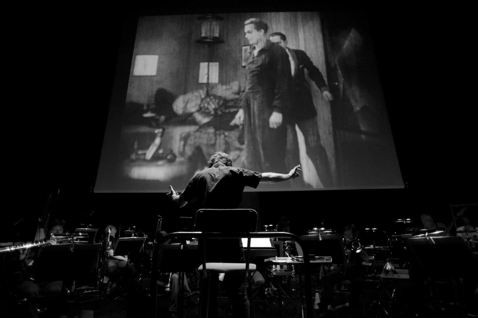 Cité de la Musique, Paris | Ensemble intercontemporain  Matalon, Metropolis  (2010 newly restored version)  © Jean Radel - May 2011