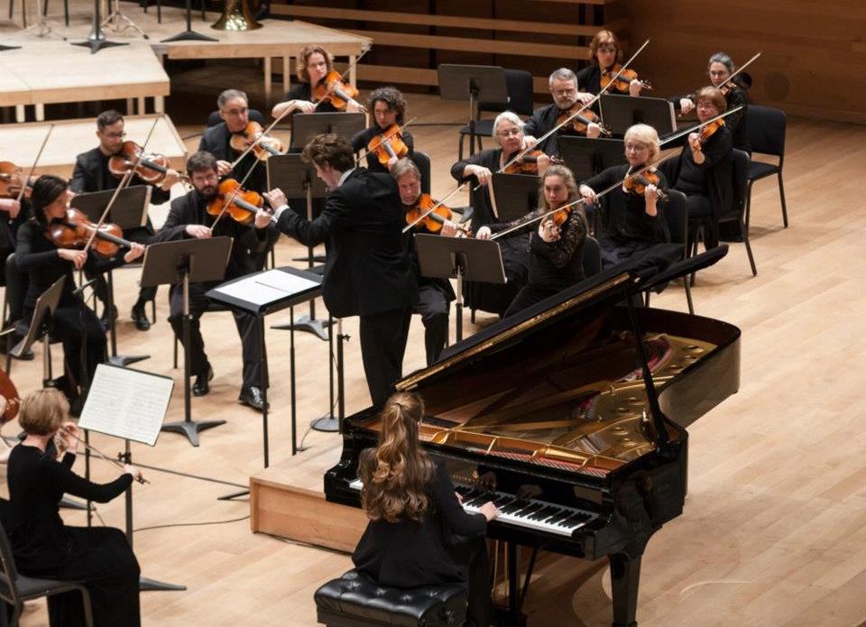 Maison symphonique de Montréal | Orchestre Métropolitain  Schumann, Piano concerto (Marika Bournaki, soloist)  © Philippe Jasmin - April 2013