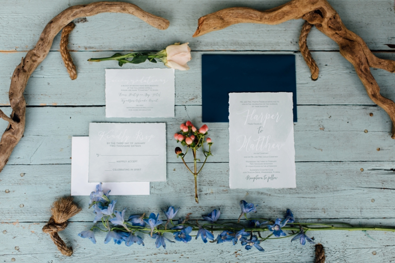 Breezy-Ocean-Inspired-Wedding-Ideas_0002.jpg