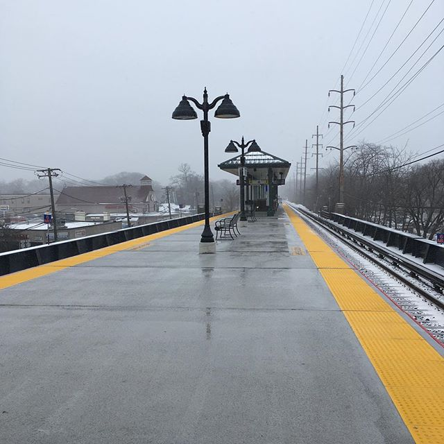Our delegated design and constructed fully automated platform snow melt system at the new Wantagh Train Station is working as intended during today's inclement weather, keeping this @mtalirr station free from snow.