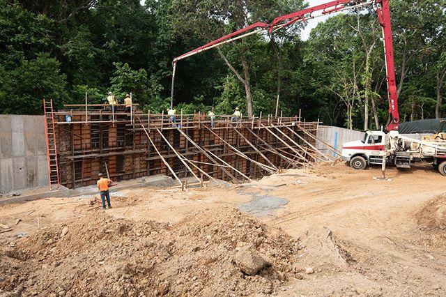 Finishing up the South retaining wall at Building K at Stony Brook University #fortunato #stonybrookuniversity