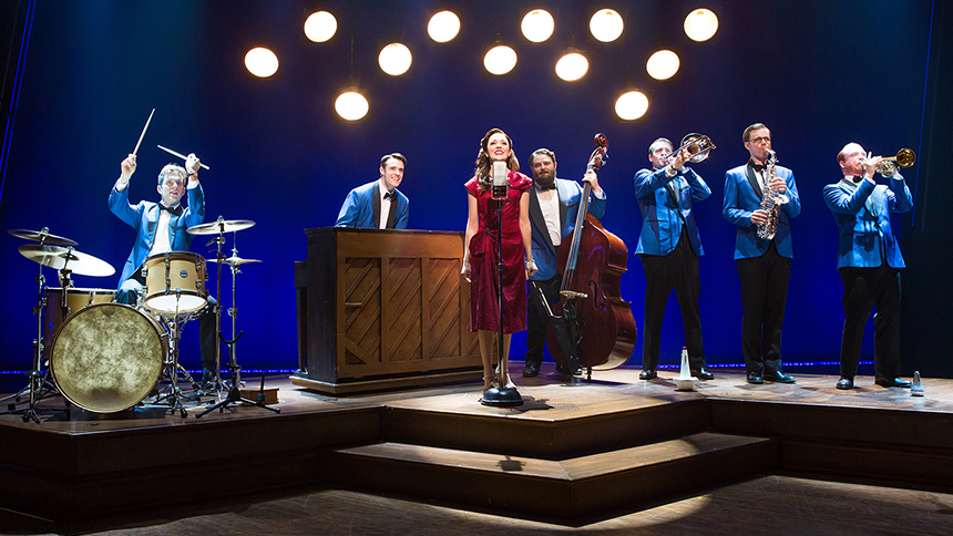 Bandstand--Welcome-Home-Finale--Laura-Osnes--Corey-Cott--Broadway--Musical.jpg