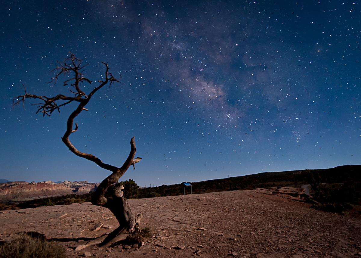 Canyonland Milky Way - Mike Price.jpg