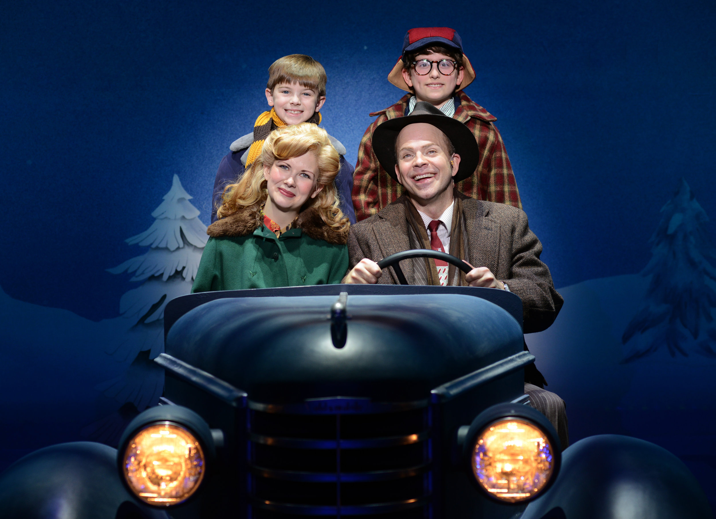 Photo 7 - Susannah_Jones_as_Mother_Christopher_Swan_as_The_Old_Man_Cal_Alexander_as_Randy_and_Colton_Maurer_as_Ralphie_In_A_CHRISTMAS_STORY.jpg