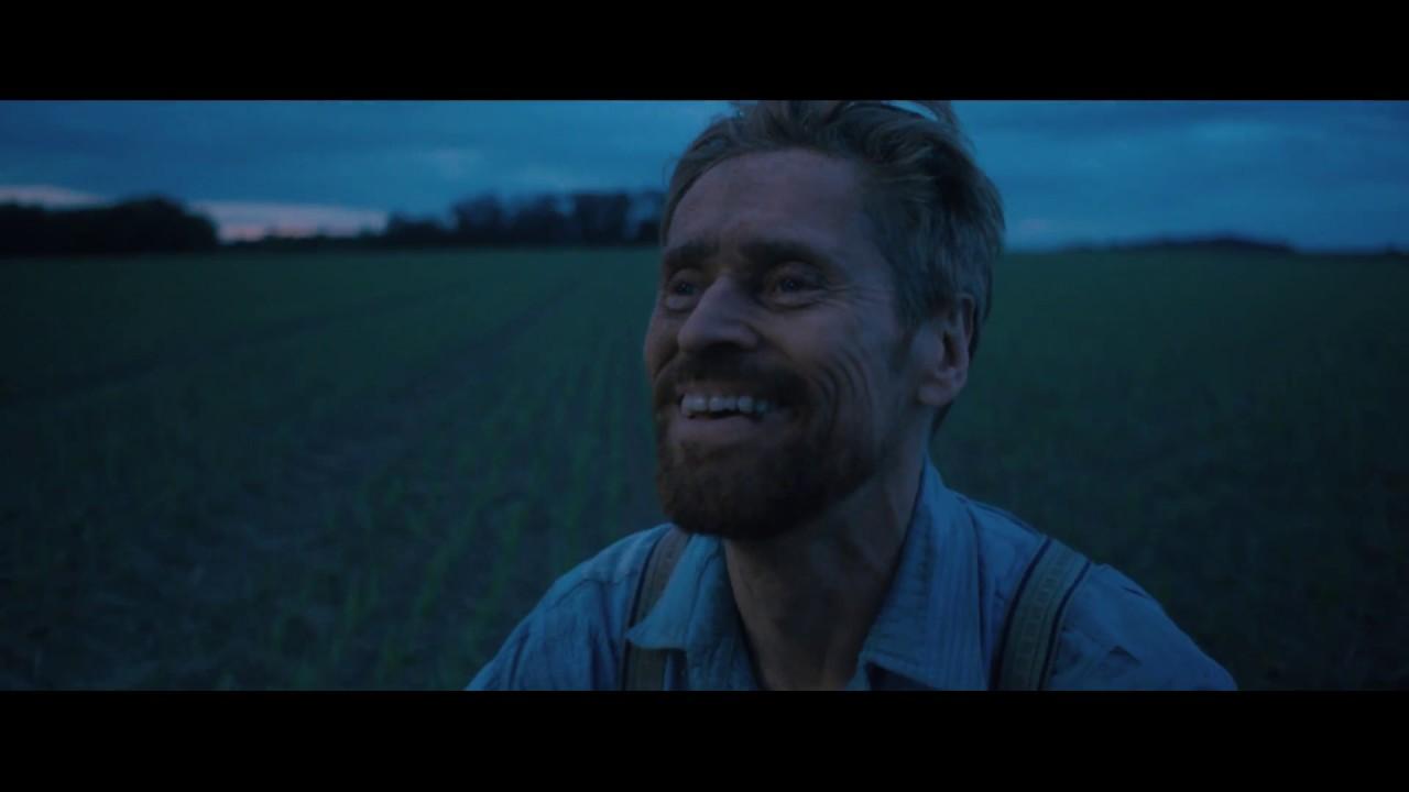 Bu kareden hemen önce Van Gogh yere uzanmış kendi yüzüne bir avuç toprak atıyordu ve film boyu Van Gogh'un en mutlu göründüğü kare bu… Bu sahne Van Gogh'un hem doğayla ilişkisi ile ilintili, hem varlığına kendi eliyle son verme arzunu daha filmin başında gösteriyor.
