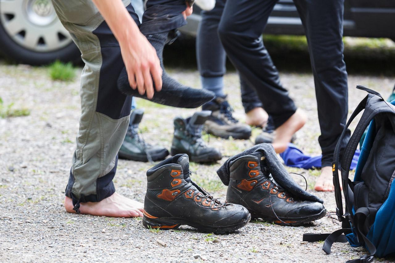 Schuhe aus für die erste Challenge.