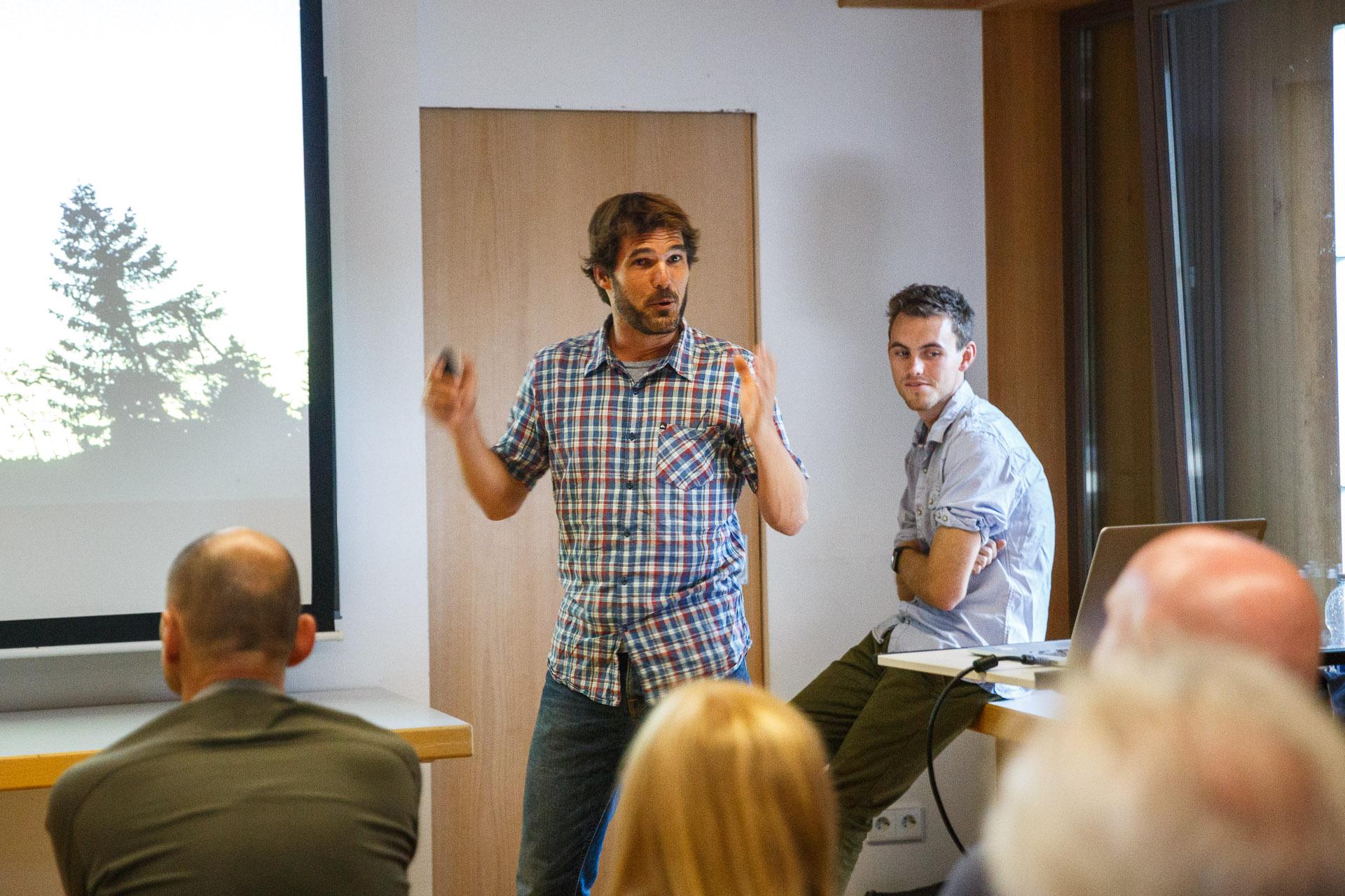 David und Simon geben einen Überblick zur Entstehung des Film- und Fotoprojekts Abenteuer Schwarzwald.