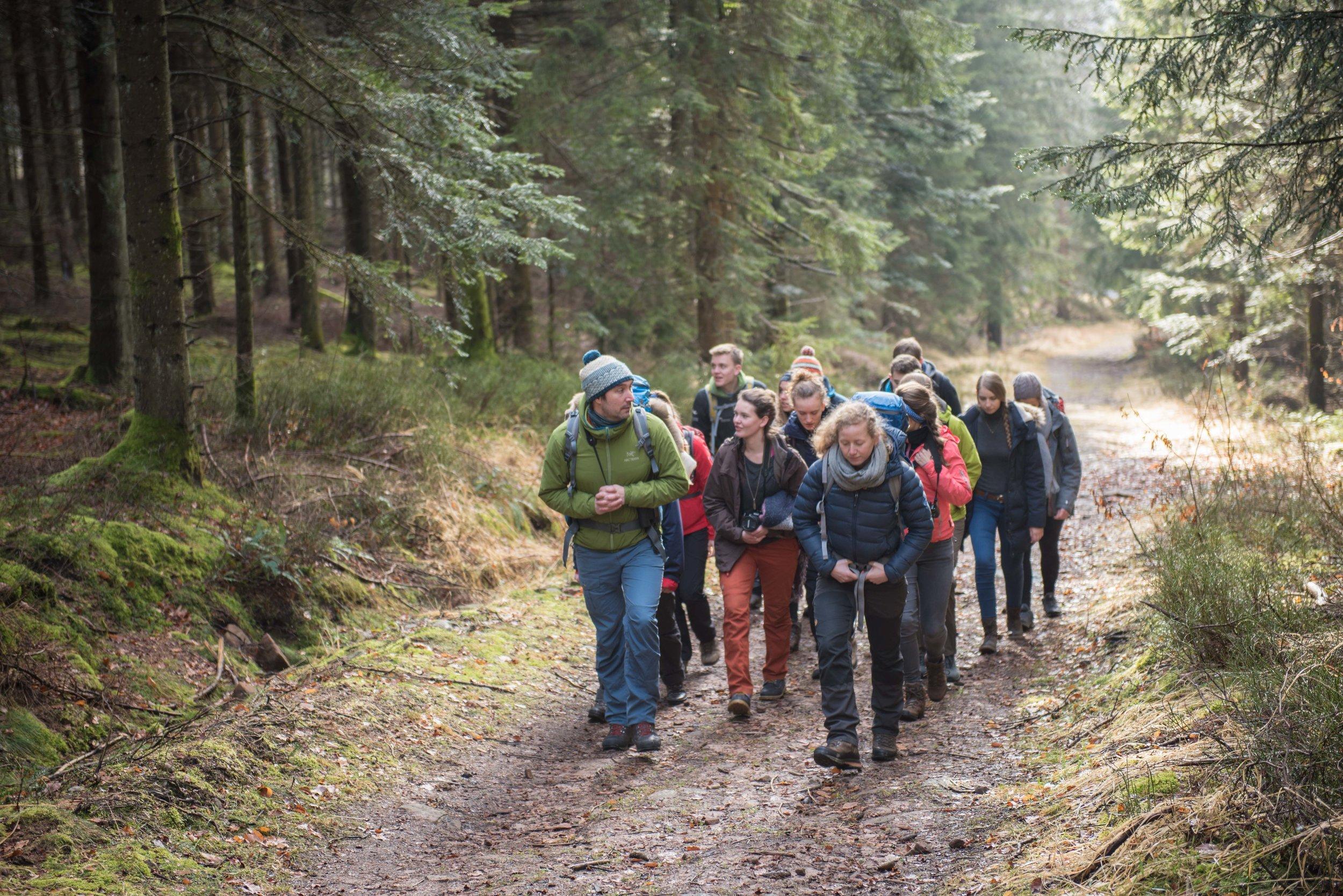 Unterwegs mit Wildnispädagogen des Nationalparks.