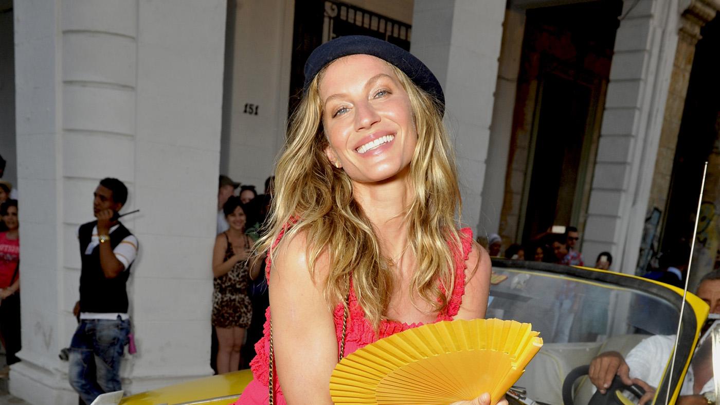Celebrities-en-Chanel-Cruise-Cuba-Gisele-Bundchen.jpg
