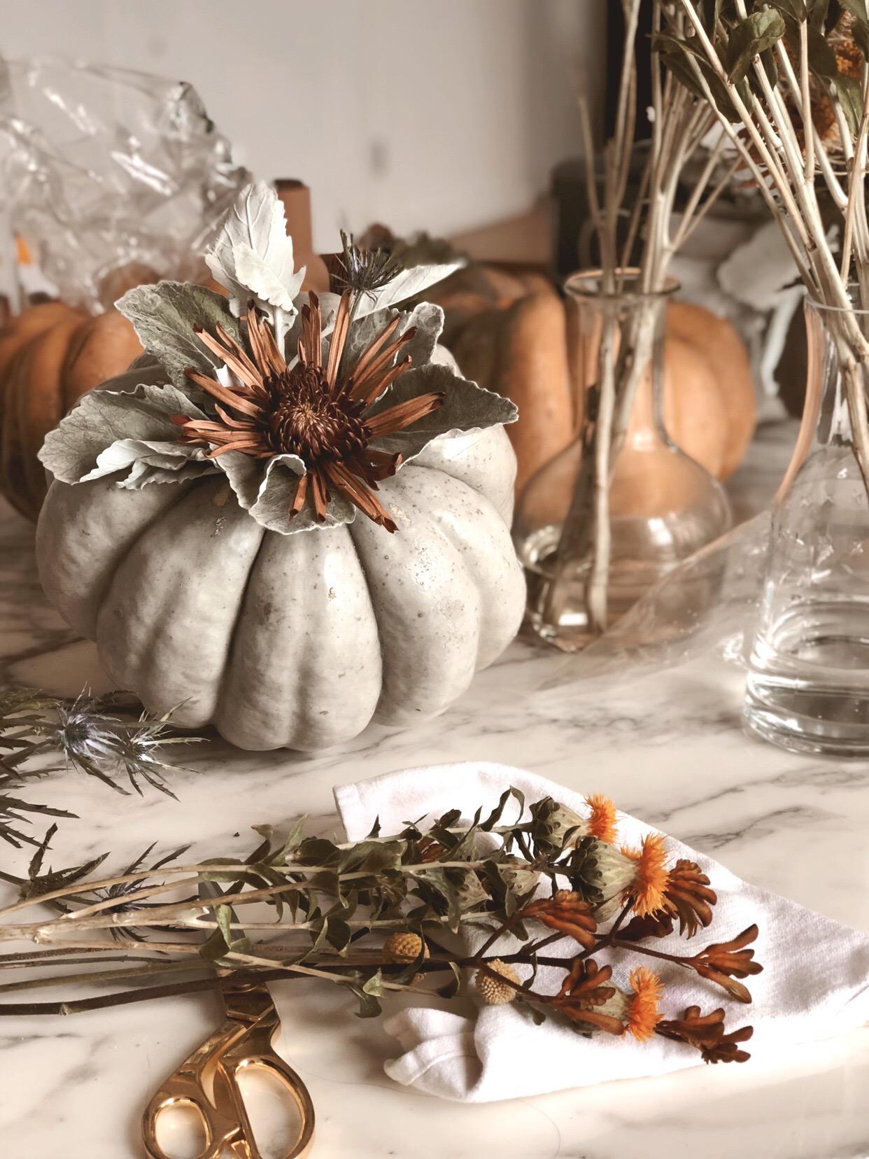 DIY modern pumpkin Centerpiece 20.JPG