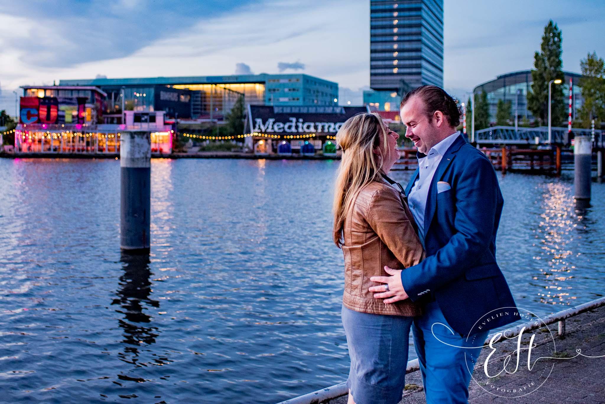 loveshoot-in-amsterdam-evelien-hogers-fotografie (18 van 26).jpg