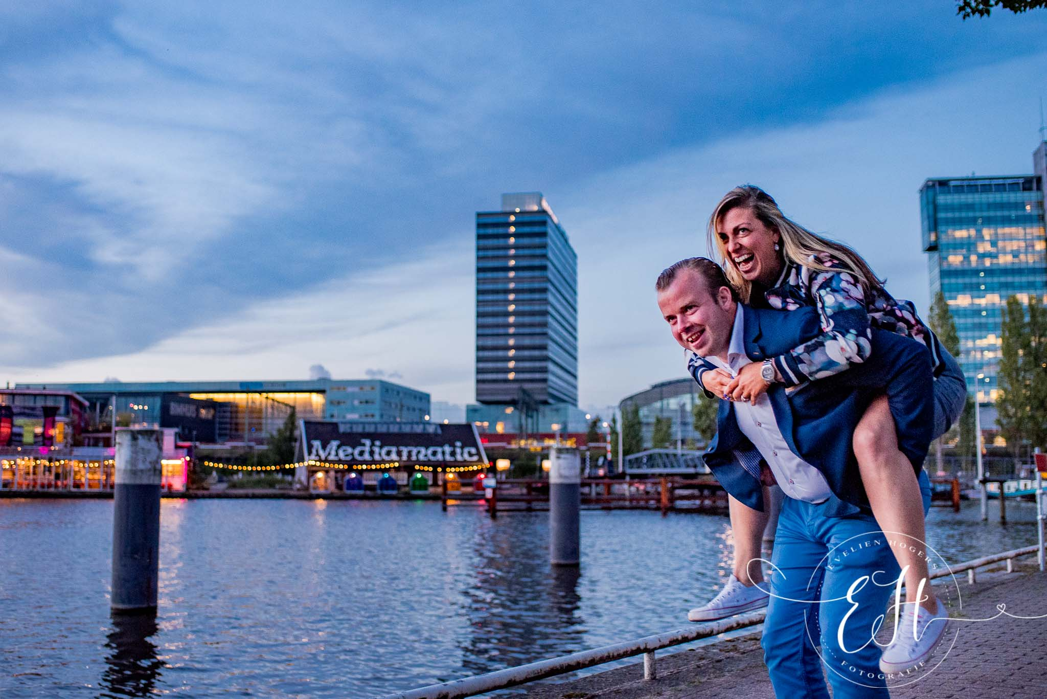 loveshoot-in-amsterdam-evelien-hogers-fotografie (20 van 26).jpg