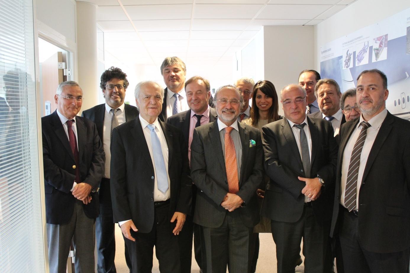 En présence d'Olivier Dassault, David Douillet, Jean-Michel Fourgous, Meyer Habib et Fernand Siré