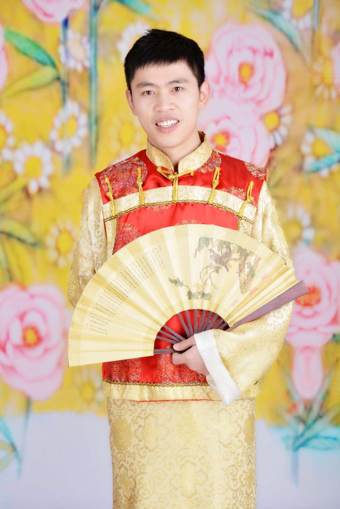 Hao Zhang.jpg