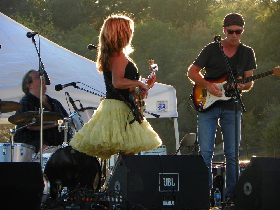 NEW!  Julieann on bass with Dave and Chris.jpg