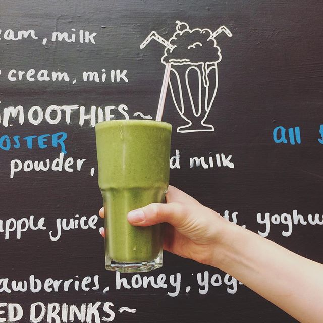 Summer has hit Welly hard! So we've decided to embrace the hot weather with a new smoothie and milkshake menu! Here is our Super Green Smoothie with kale, spinach, banana, strawberries, yoghurt and coconut water!! REFRESHING 😍☀️💦
