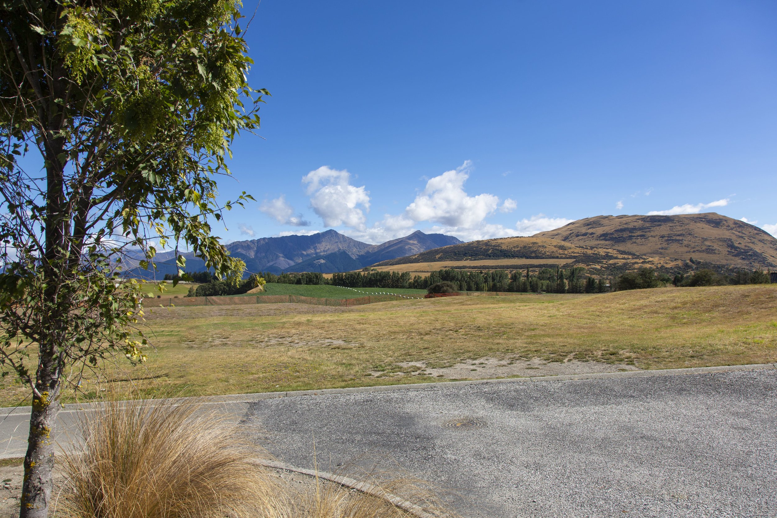 7_Torridon_Court_Jacks_Point_003-min.jpg