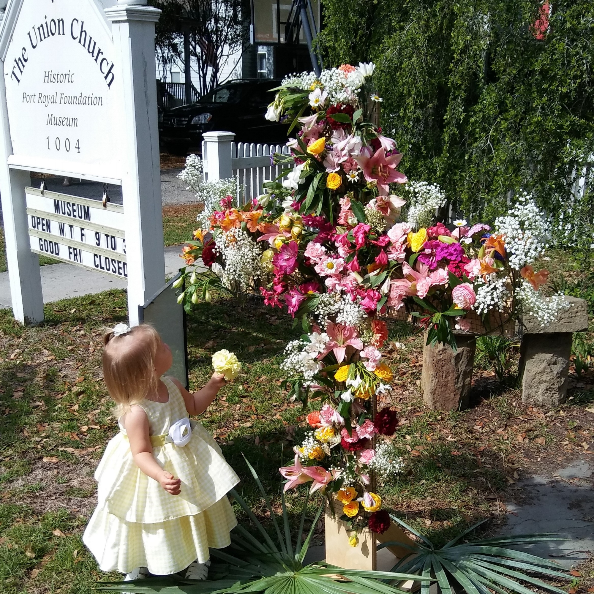 Bella at the flower cross 2.jpg