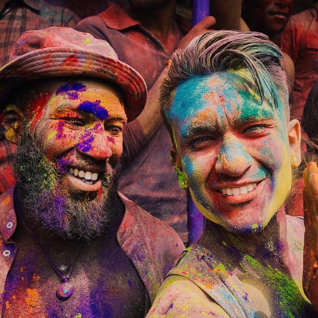 Full of colour #Holi #HoliFestival #Pushkar #India #festivalofcolour #SonyRX100 #VSCO #Colgate #TeamTravelers