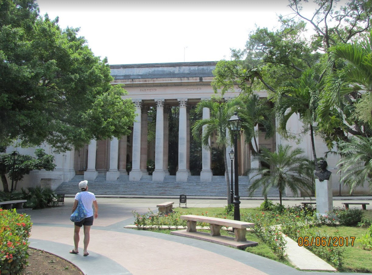 Walking in my mother's footsteps at the University of Havana
