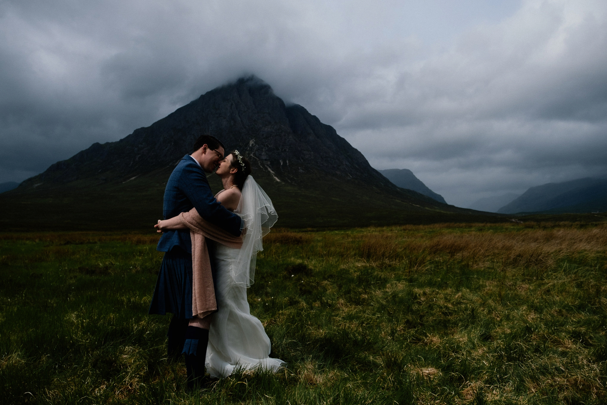 20170601_euan robertson weddings_050_WEB.jpg