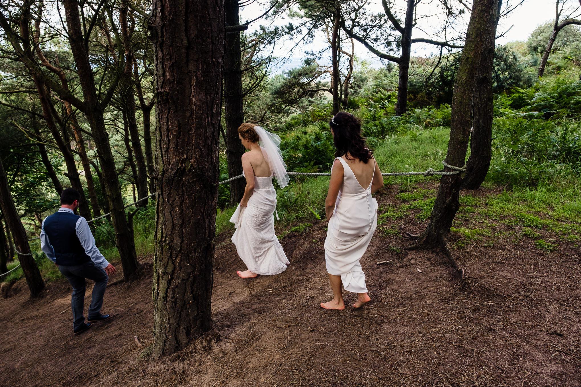 20170729_Ravensheugh Log Cabin Wedding_003.jpg