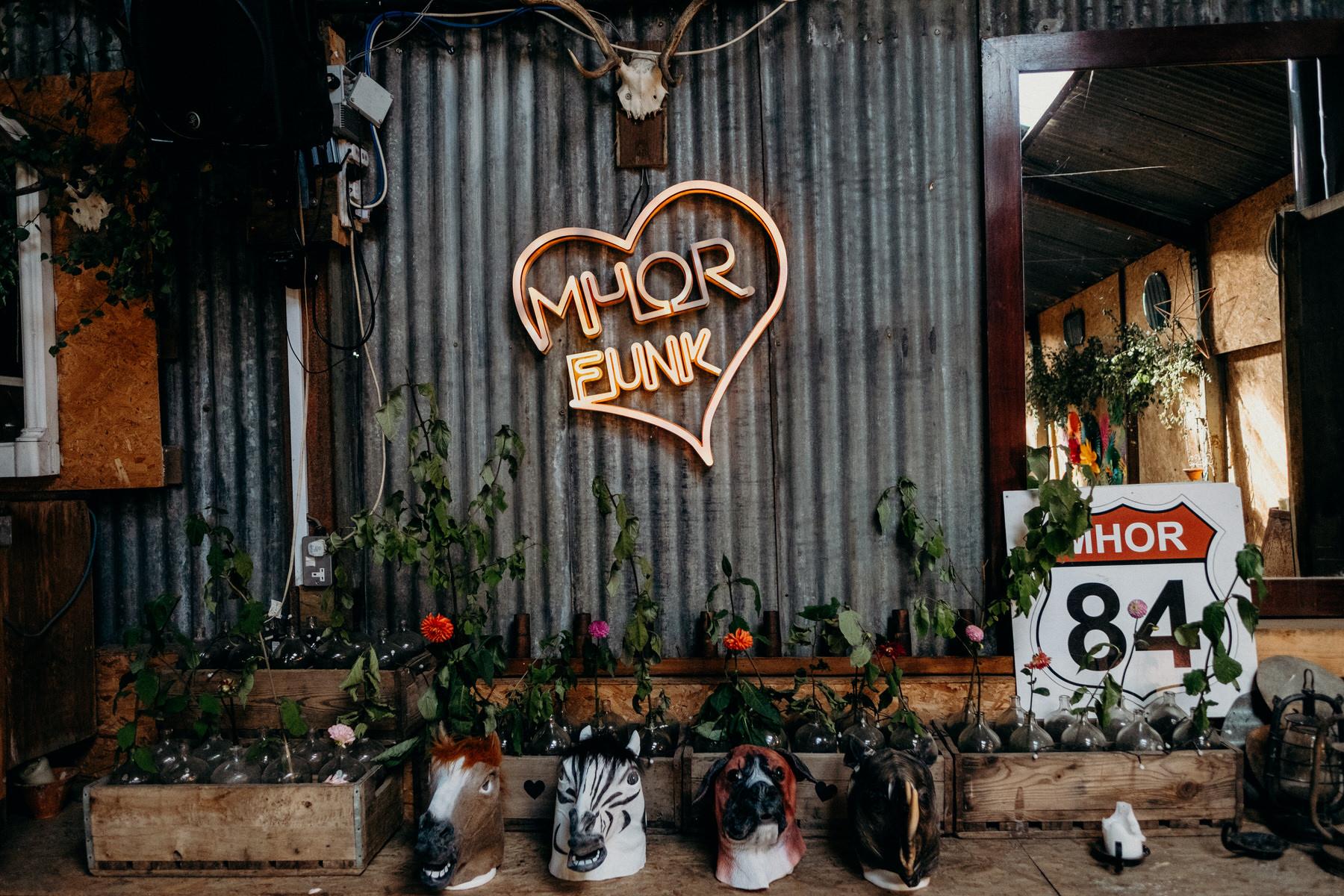 002-Flo-Robert-Monachyle-Mhor-Wedding.jpg