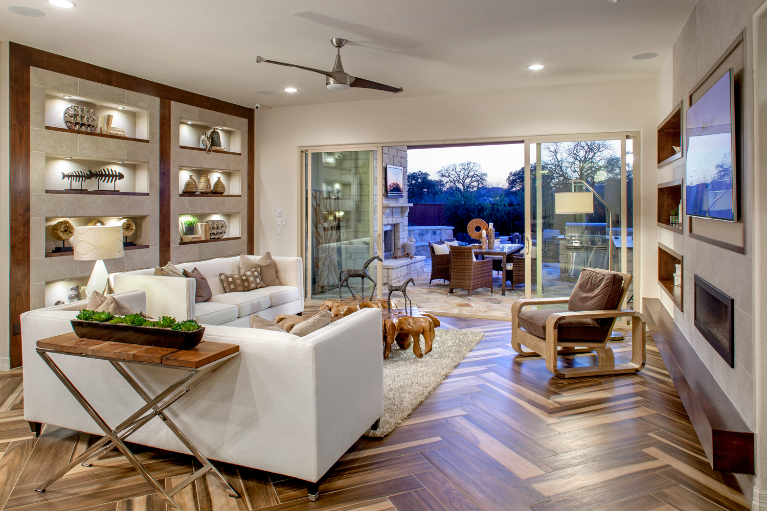 AW-Oaks-of-San-Gabriel-Glenwood--Family--Hill-Country-Modern-(4).jpg