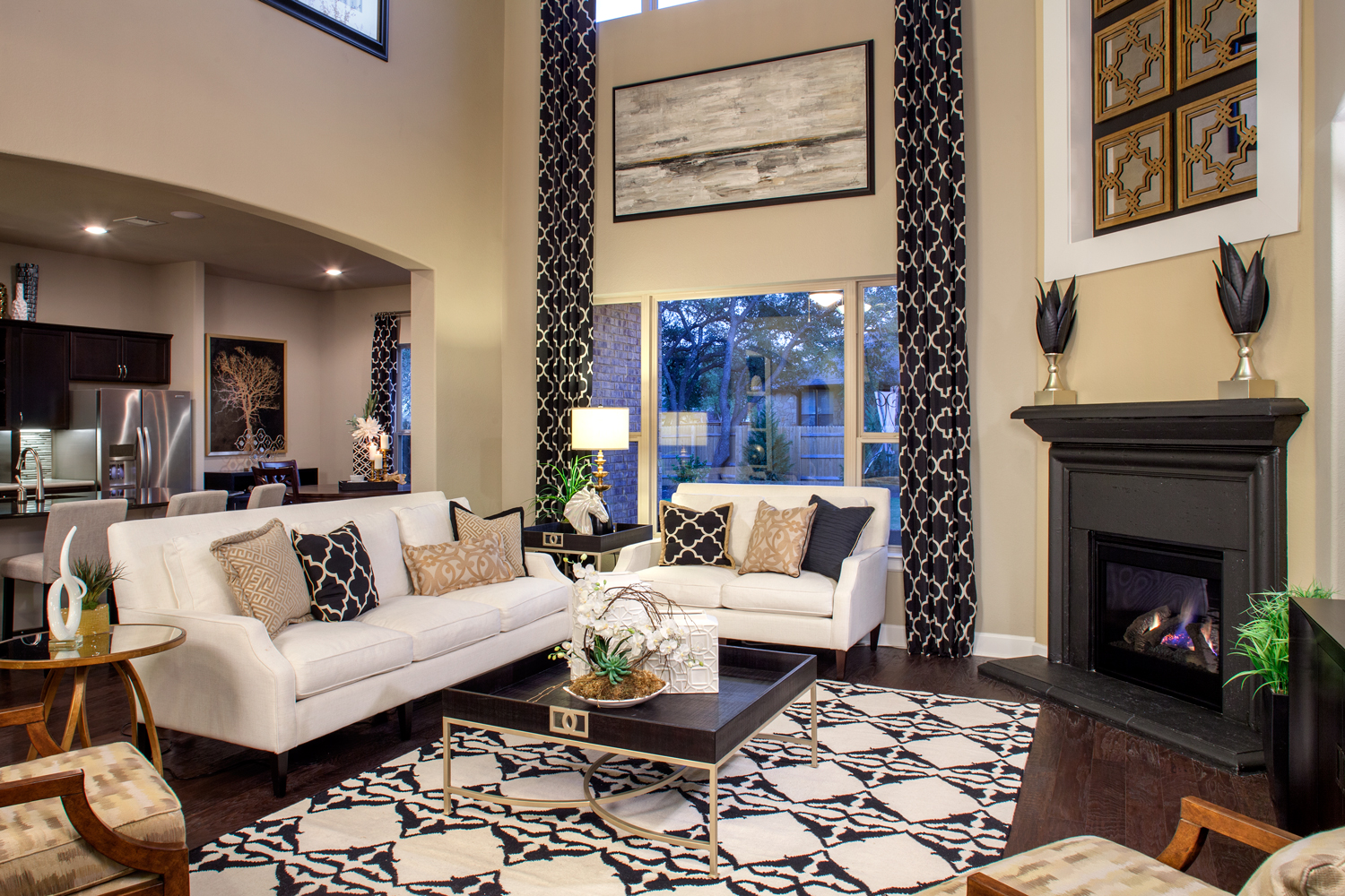 Living-Room--Grand-Haven-Pearson-Place-7020--Guilded-Tranquility-(4).jpg