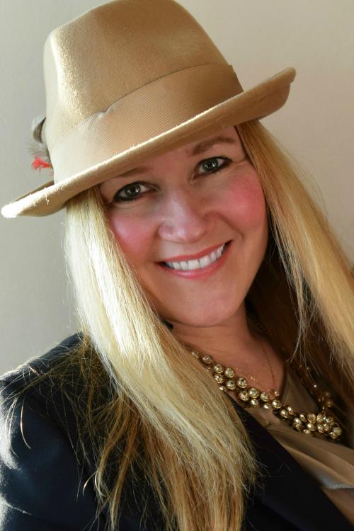Megan A.C. Boswell | 2pm CREATIVE LAB LLC founder