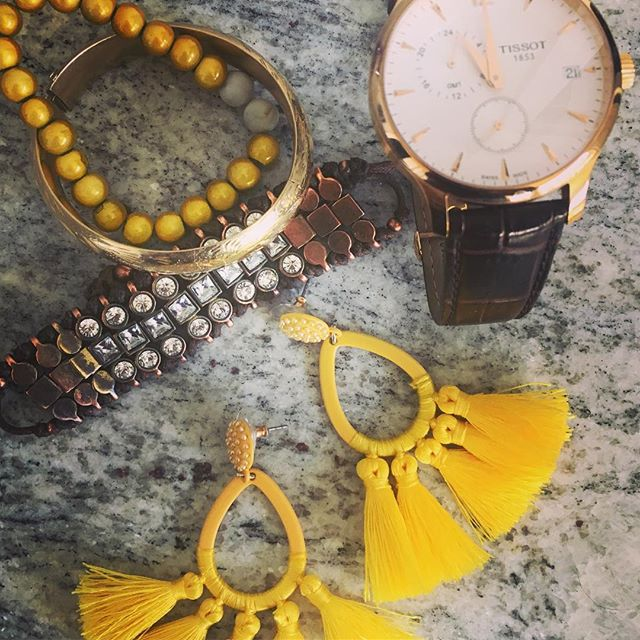 Pretzel & Mustard Palette . . . #color #colorpalette #design #designinspiration #designinspo #designer #yellow  @baublebar @tissot_official @jcrew