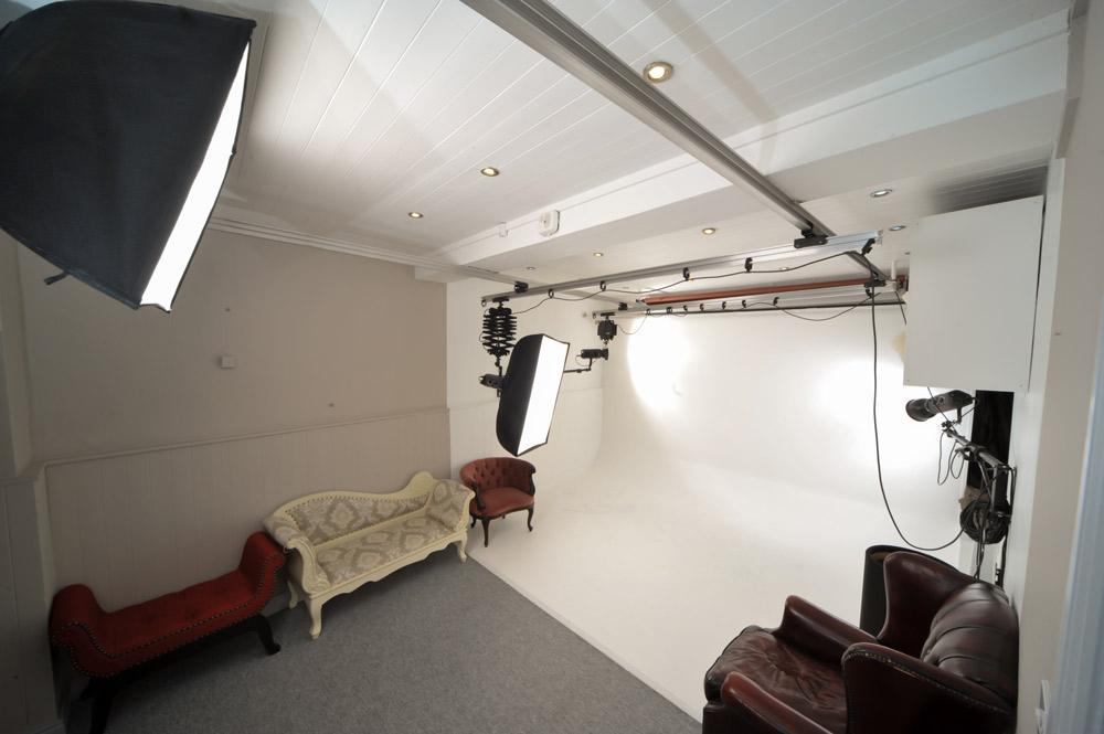 Thomas.Sunderland.Photography.Ireland.Studio.07.jpg