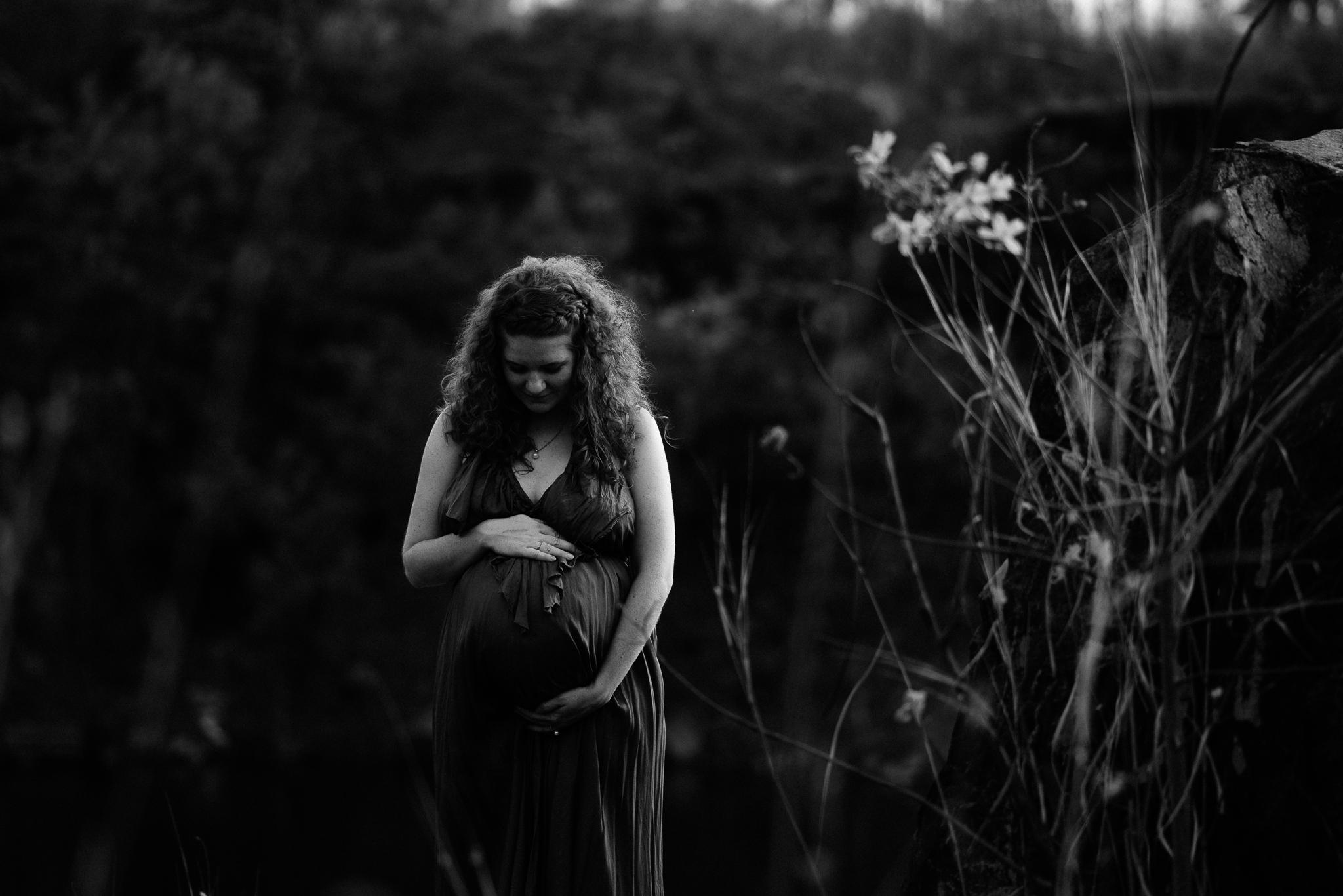 Lizzie Maternity - web-33.jpg