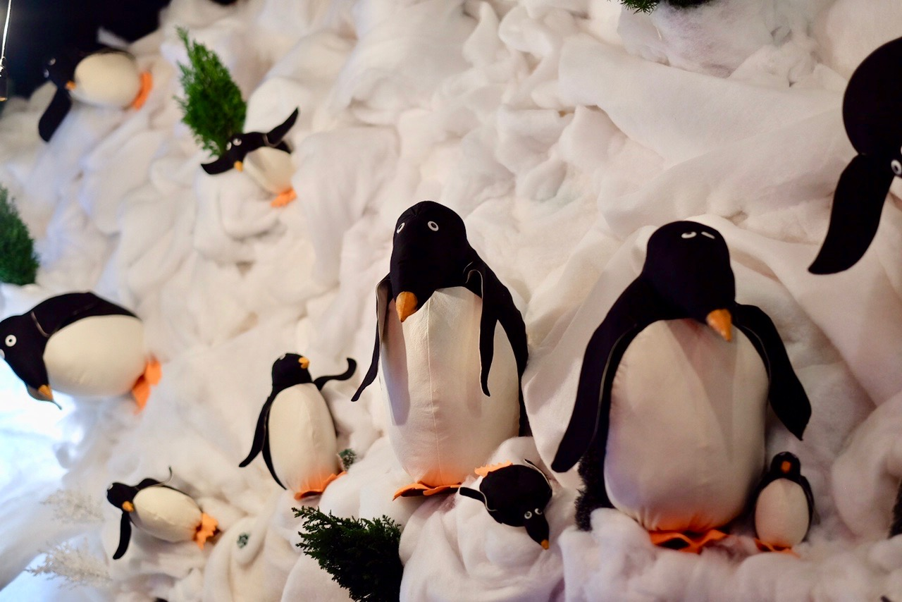 Deck The Halls Penguin Mural // Photo Credit: Cesar Fabello