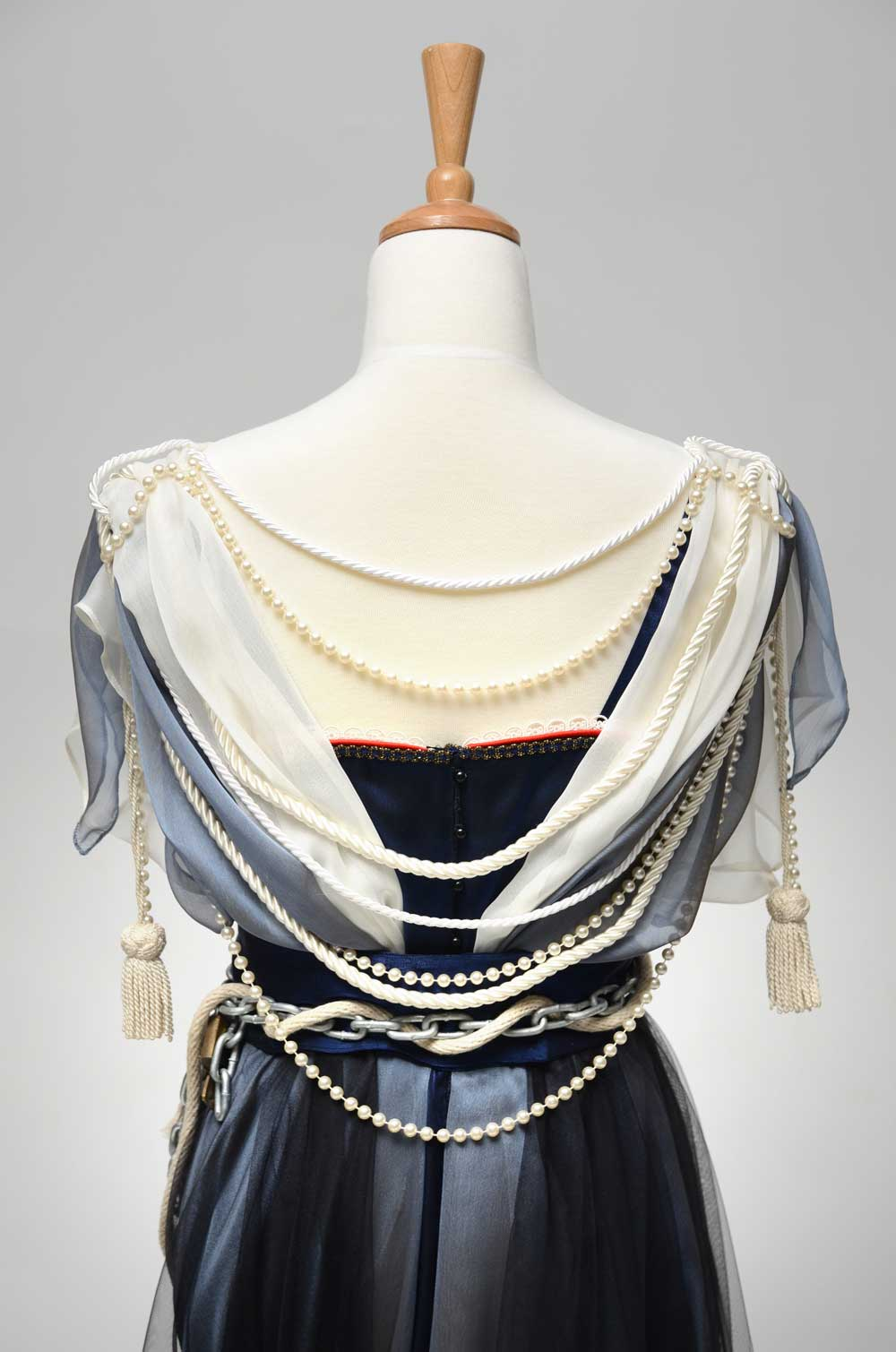 Julia-Spizzica-Design-Titanic-Dress