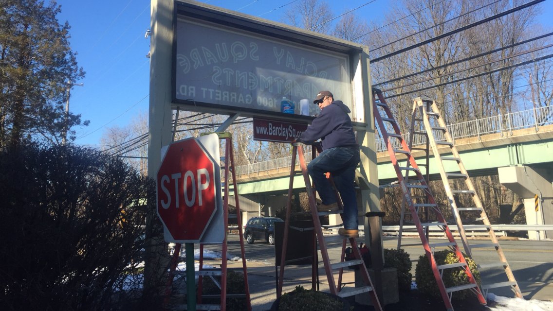 Conversion of fluorescent sign to LED