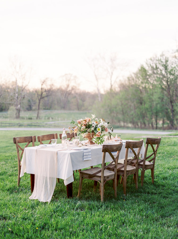 Rustic-Elegant-Pale-Coral-Wedding-Table-600x806.jpg