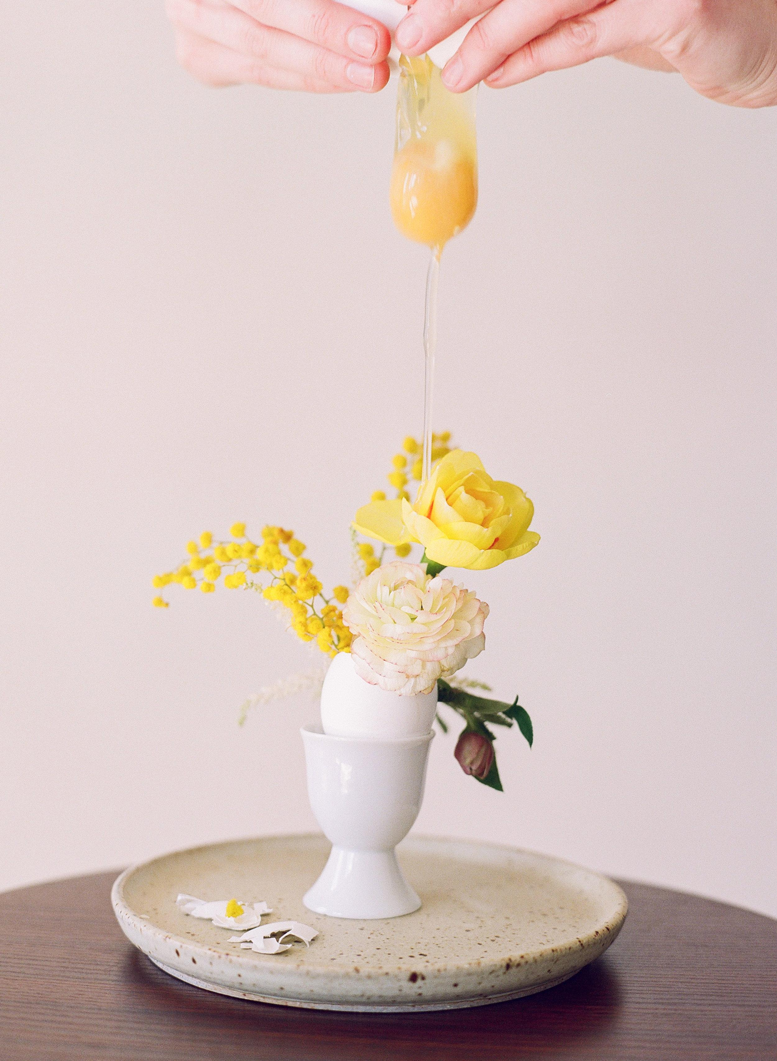 003_FriedEggs&Flowers.jpg