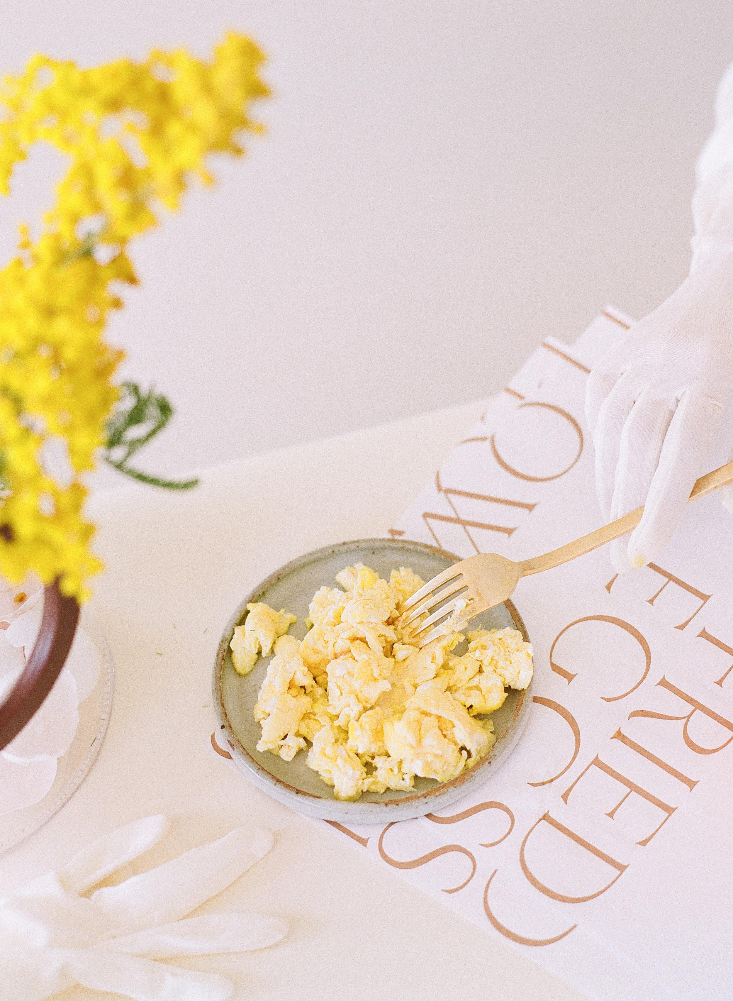 021_FriedEggs&Flowers.jpg