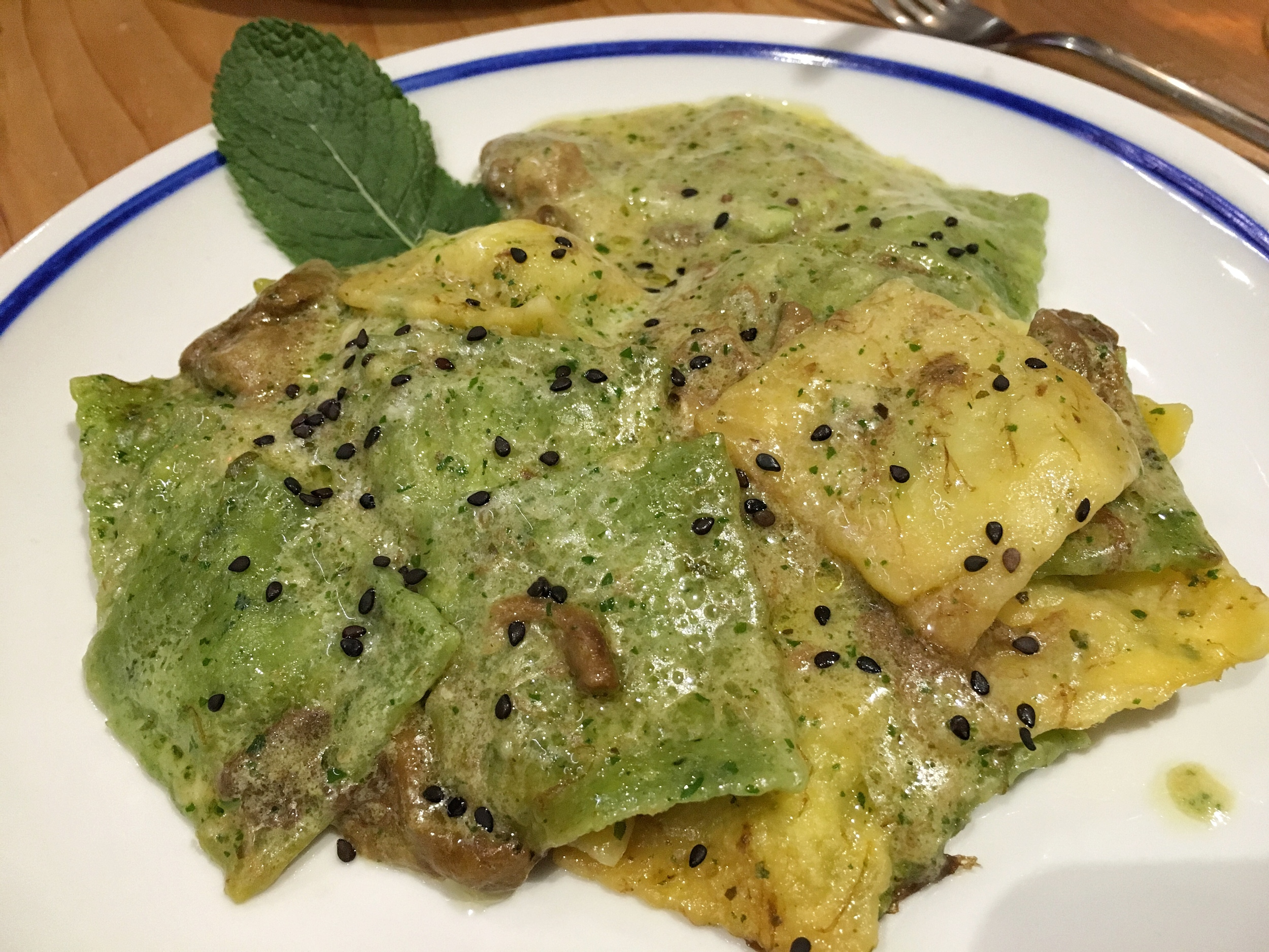 Ravioli with sesame and porcini (mushrooms)