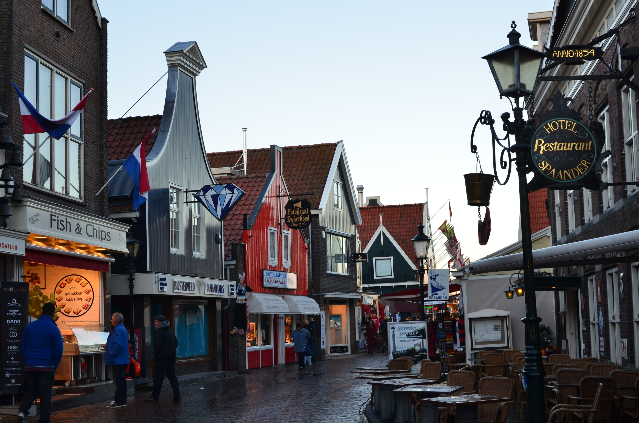 The cute town of Volendam by the water